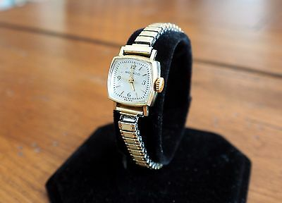 Rare Vintage Movado Swiss 14K Gold Ladies Watch 17 Jewel - Cleaned & Serviced