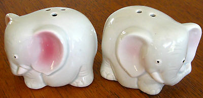 Collectable Retro Ceramic China Elephant Figural Salt & Pepper Shakers  (500)