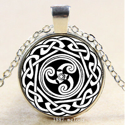 Photo Cabochon Glass Silver popular Pendants chain Necklace(celtic wicca)