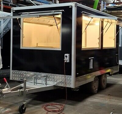 Food Pizza Trailer 390x220x210CM(LxWxH) New never been use many accessories