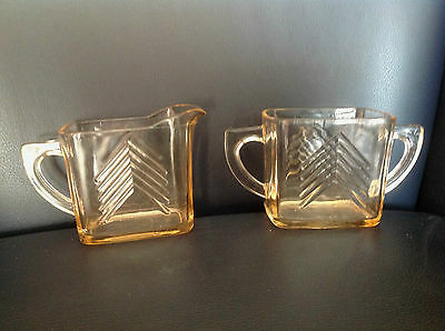 PINK GLASS CHEVRON EUC Creamer Sugar Hazel Atlas depression PEACH FREE Shipping