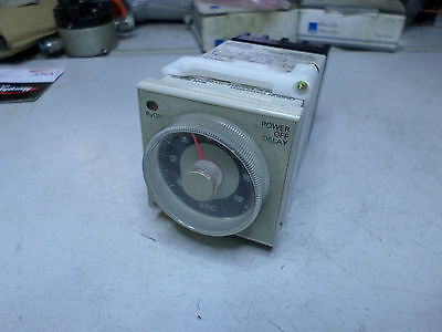 OMRON POWER OFF DELAY TIMER - 48mm x 48mm 200/220/240AC Coils - H3CR-H8L
