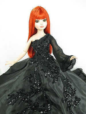 Outfit Black Dress Gown with Tonner Tyler Essential Ellowyne # 700-56