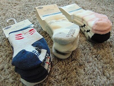 Old Navy 0-3 Month Infant Non-Skid Stripe Hearts and Ballerina Socks