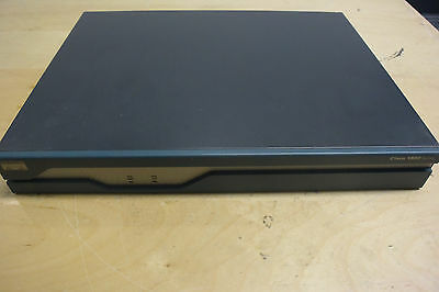 Cisco 1841 128Mb DRAM & 64Mb flash + WIC-1T + WIC-2A/S router