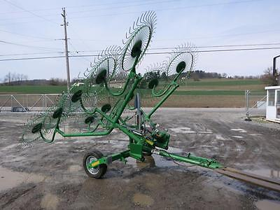 Frontier 1010 Wheel Hay Rake For Tractors, 22' Max Width, Hydraulic Fold LOW USE