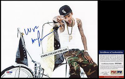 Wiz Khalifa In Person Signed 8X10 Color Photo Psa/dna Coa