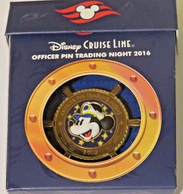 Disney's Cruise Line DCL Captain Mickey OFFICER PIN TRADING NIGHT 2016 Pin