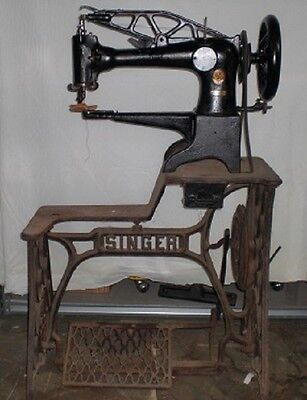 Singer 29-4 Industrial Commercial Leather Cobbler Sewing Machine