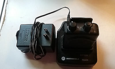 MOTOROLA MINITOR II 1 CHANNEL VHF 153.110 Pager with charger