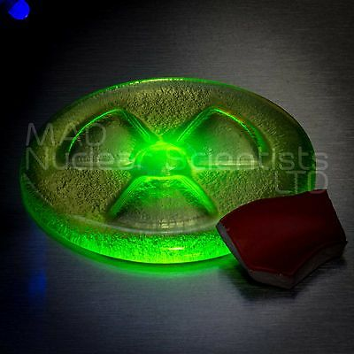 Geiger Counter Check Source – Uranium Glass & Uranium Glaze Pottery (M02)