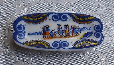 Dolls house miniatures: traditional porcelain plate from France