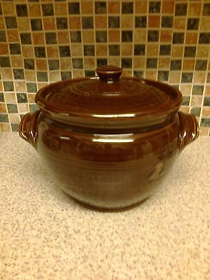 Vintage Stoneware Covered soup Tureen Casserole 5 PINT TRADITIONAL SHAPE