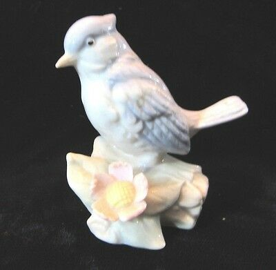 Vintage Small Blue Jay Bird Figurine Glazed Porcelain 2.5""