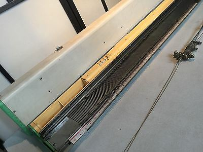 Singer KE-2400 - Knitting Machine