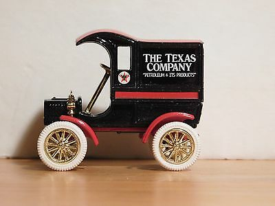 Texaco Collector's Club - 1905 Ford Delivery Car - 1/43 Scale DieCast