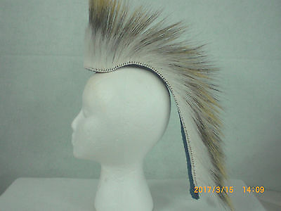 Porcupine Roach, White, 15 inch in/ out,  Bright Blue Yarn Base