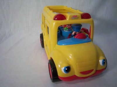 Fisher Price Little People Sights and Sounds School Bus 5 people video demo