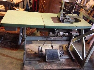 Vintage Yamato DCZ-361A-D2 Serger Sewing Machine -table -motor--works