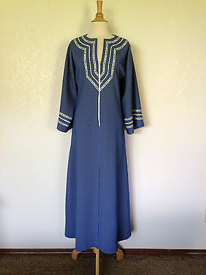 "Vintage 1960's Blue & White Textured Poly Kaftan Bust 40"" Waist 32"" New Look"