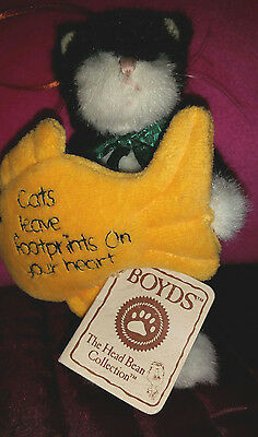Boyds Bears Plush Purrkins and Fish Ornament Cats Leave Footprints on your Heart