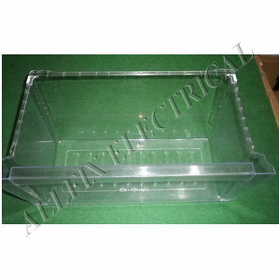 Used LG GN-422FW Fridge Vegetable Crisper Bin - Part # MJS37581401SH