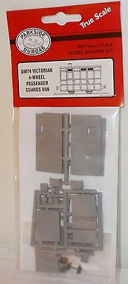 Parkside Dundas 009 DM74 - 4-Wheel Passenger Guards Van Kit - New.(009)