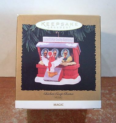 Hallmark Keepsake Ornament 1996 Chicken Coop Chorus MAGIC/MUSIC NIB (H14)