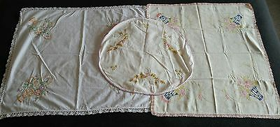 Lot Vintage Linen Small Tablecloths Embroidered Crochet Lace Floral Flowers Pink