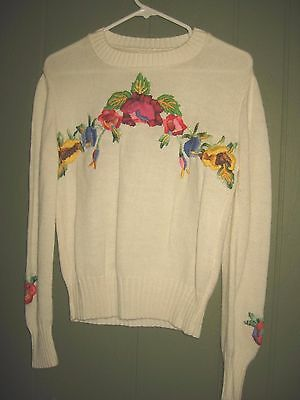 1970's Women's Garland Embroidered Cream Knit Sweater w/ Flowers L