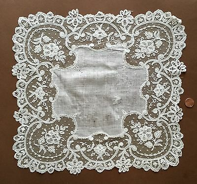 19th C. handmade Brussels bobbin lace on net HANDKERCHIEF   Collect  Bride