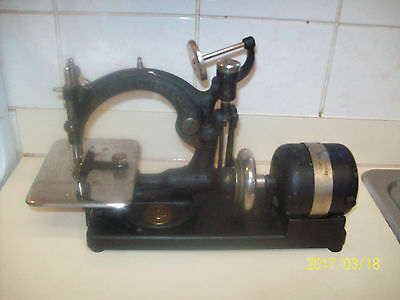 Antique Willcox & Gibbs Sewing Machine  WITH Vintage Motor  306745G