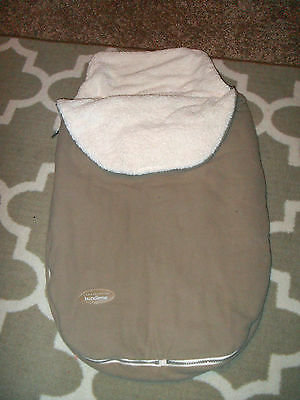 JJ Cole Bundle Me-Carseat/Stroller Bunting For Baby- Tan With Soft White Lining