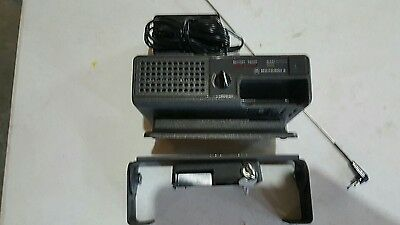 Motorola Minitor II, Minitor 2, VHF amplified pager charger, antenna and lock