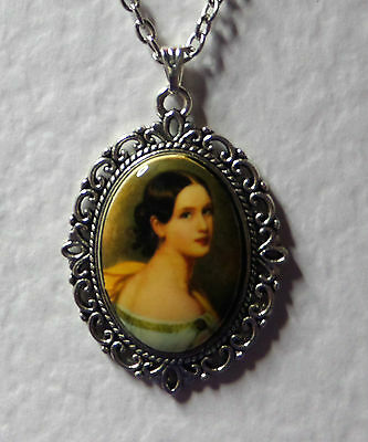 """1.5"""" decal CAMEO LADY WITH LONG NECK VICTORIAN STYLE DARK SILVER PLATED PENDANT"""