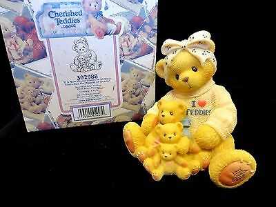 Cherished Teddies I LOVE TEDDIES Mom's Love Comes In All Sizes 302988 - MINT