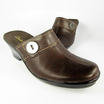 34199176828418 Clarks 79667 Clogs Womens Size 7M Brown Leather Slip-Ons Slides Mules  Loafers