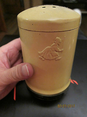 Rare Vintage YELLOW OLD DUTCH CLEANSER * GIRL SHAKER *