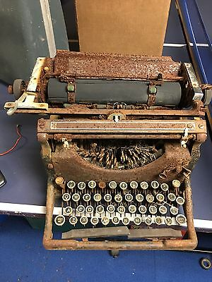 Antique Underwood No. 5 Typewriter for Parts Only With Original Cover, St Louis