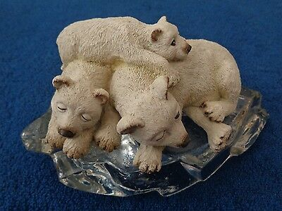 "POLAR BEAR FIGURINE ON GLASS ""ice""  / PAPERWEIGHT"