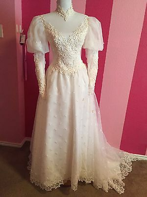Vintage 1980's Bridal Gown Wedding Dress Lace Beads Size 4 ?