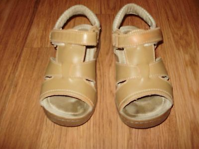 Used Young Boy's Livie And Luca Sandals US Size 13