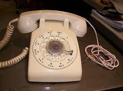 Vintage Western Electric/bell System  White Rotory Telephone/phone