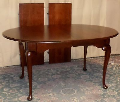 STATTON  CHERRY DINING TABLE Queen Anne Style with 2 Leafs VINTAGE