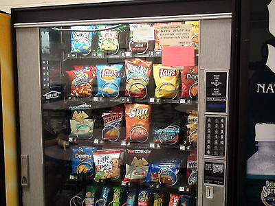 National Vendor Snack & Candy Vending Machine