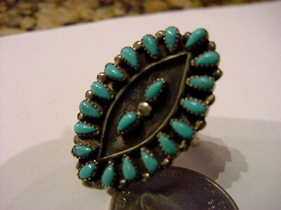 Native American Old Pawn Sterling Silver & Turquoise Petitpoint Stone Ring