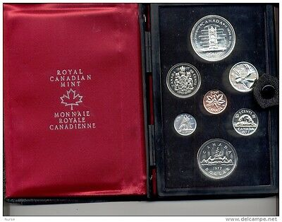 1977 Royal Canadian 2 Dollar Mint Set (Silver)