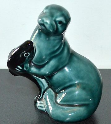 POOLE POTTERY CUTE SEAL with FISH