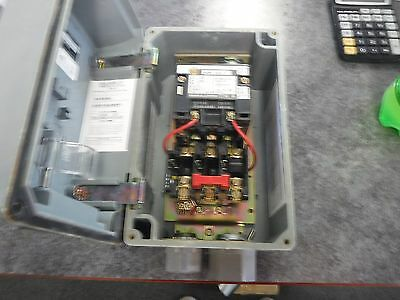 Square D 2-And-3 Pole Ac Magnetic Contactor And Starter *new*