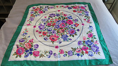 Vtg Floral Flower Gucci Silk Scarf Green Border